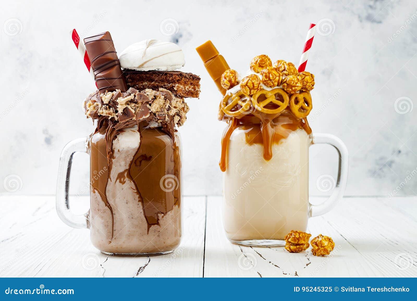 Karamell Und Schokolade Verrucktes Freakshake Milchshaken Mit