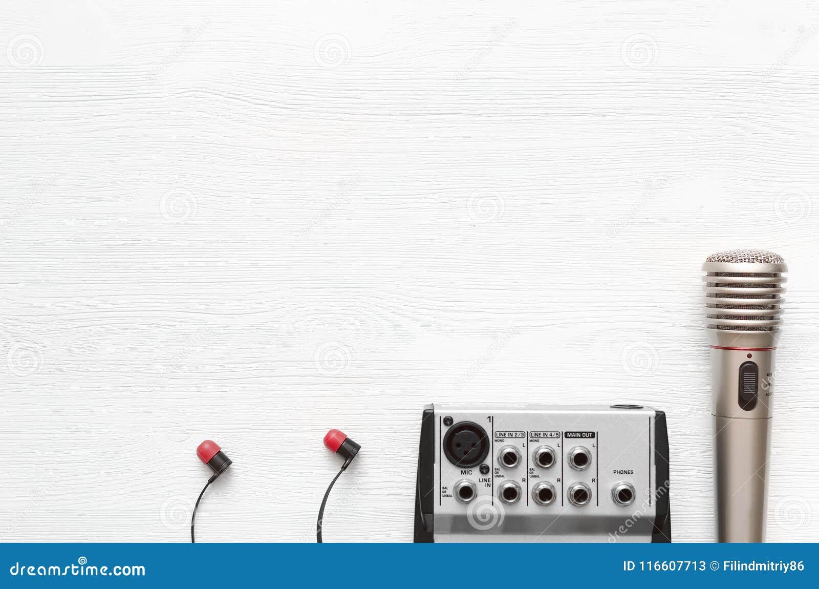 Karaoke  Microphone  Sound Recording Studio Background  Song Lyrics