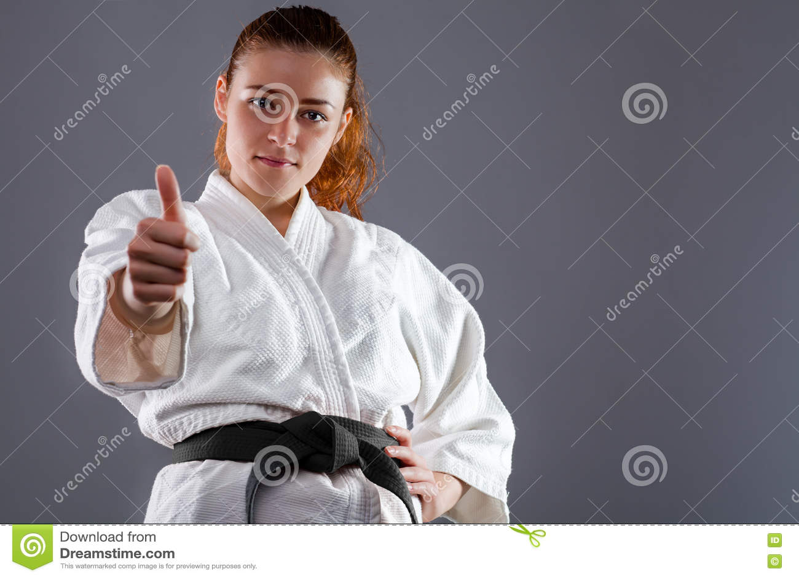 Karatevrouw