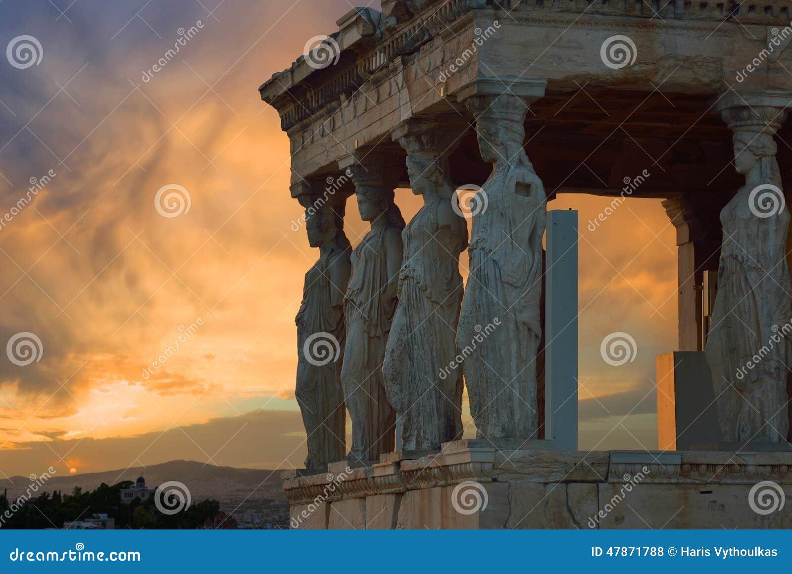 Kariatydy, Erechteion, Parthenon na akropolu
