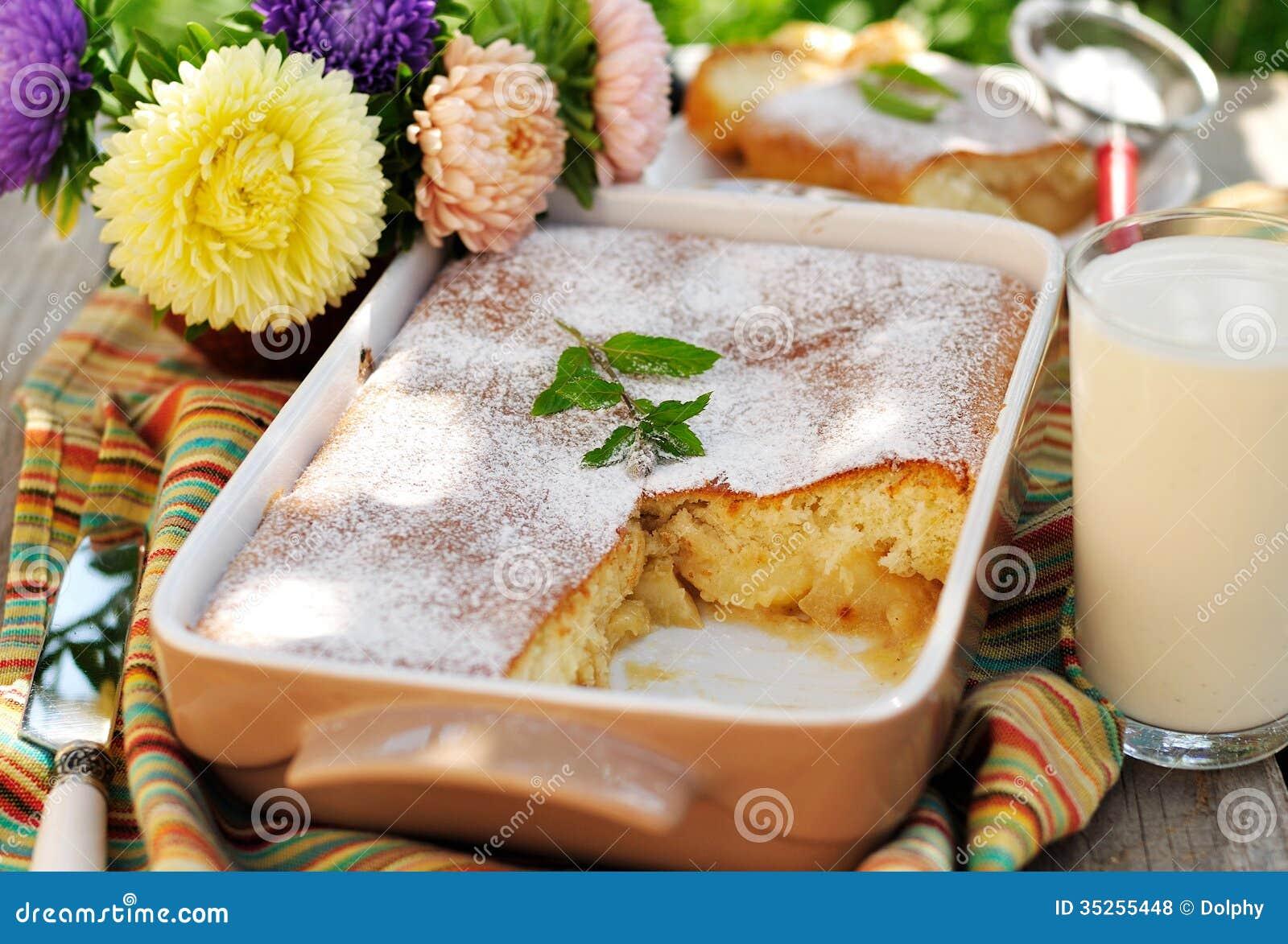 Karmelu Apple gąbka Piec (pudding)