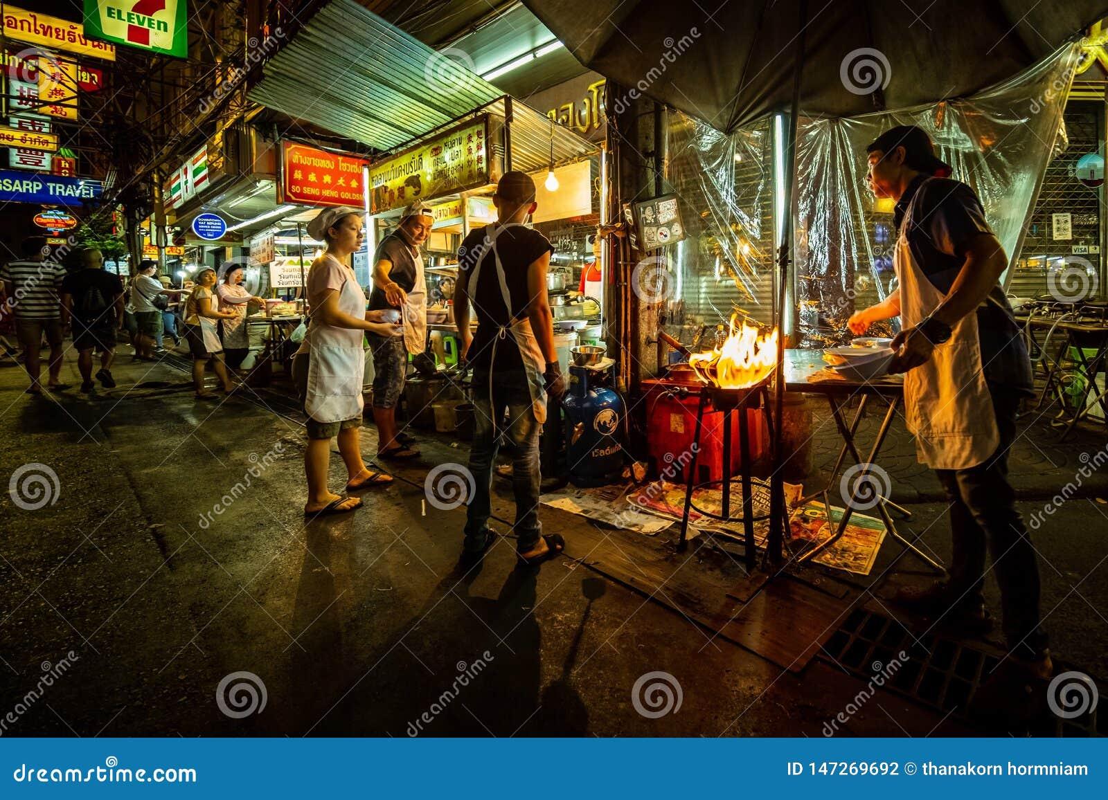 Karmowy uliczny tajlandzki