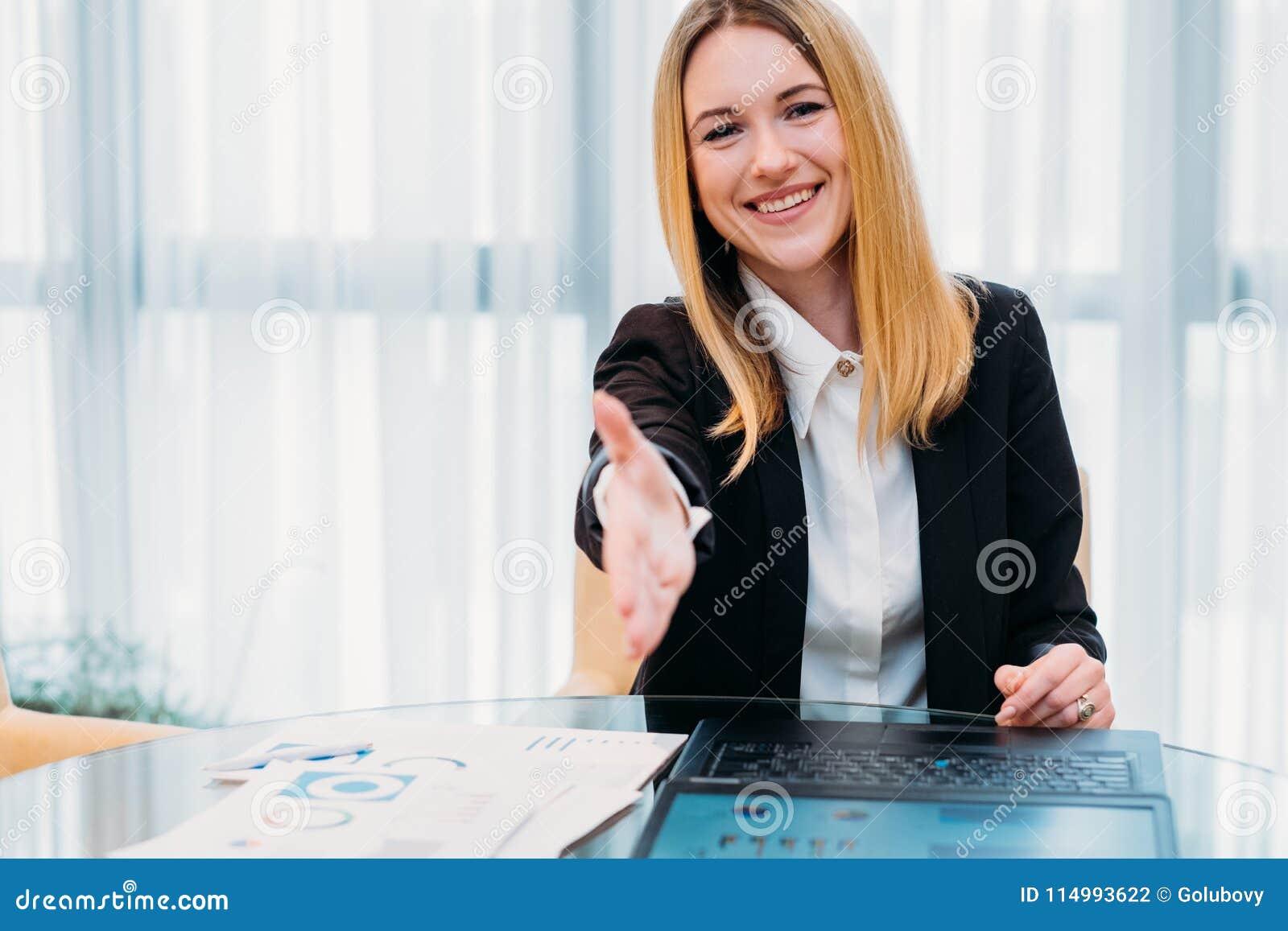 KARRIEREwerbeoffizierstunden-Handbeschäftigung des Jobs Einstellungs