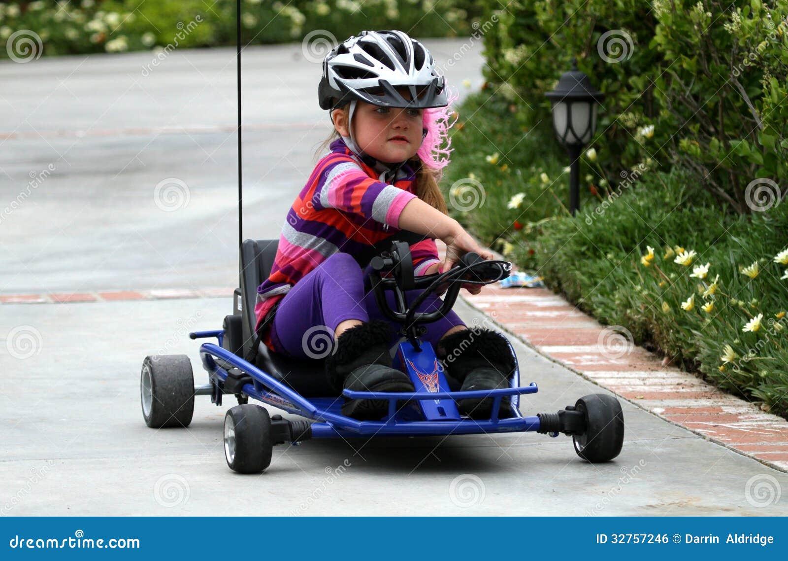 Kart d équitation de fille