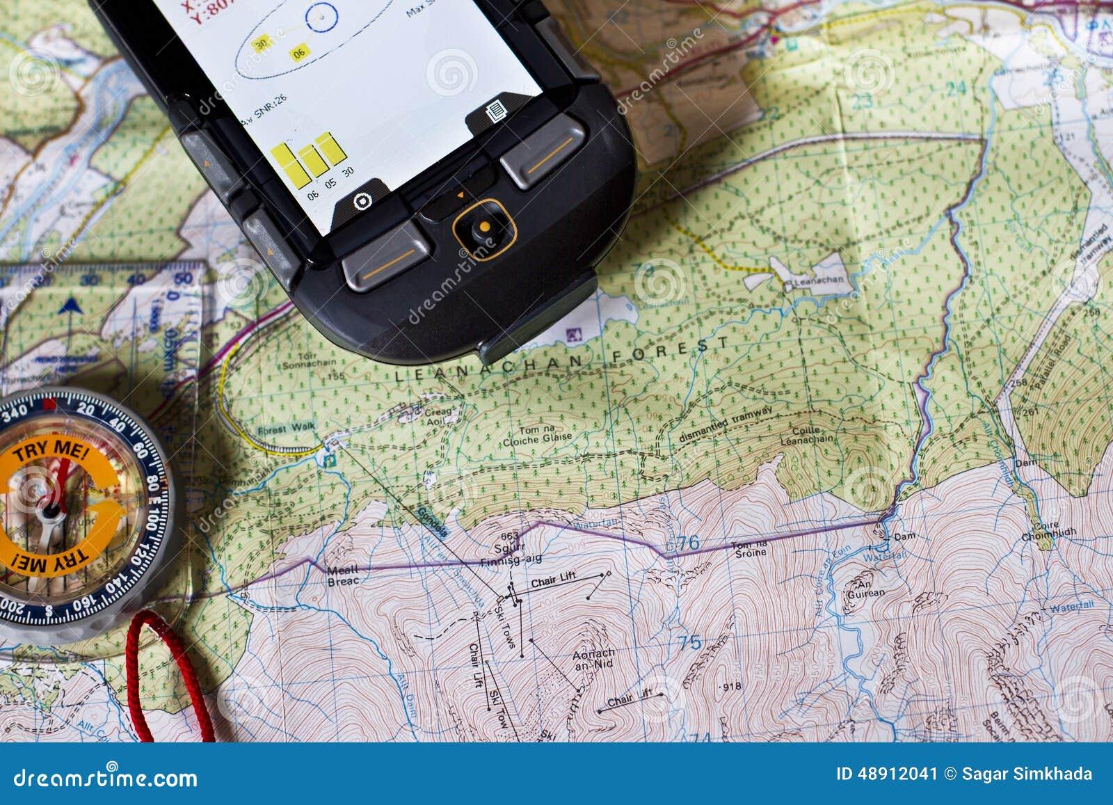 karte gps Karte, Kompass und GPS stockbild. Bild von reisender   48912041 karte gps