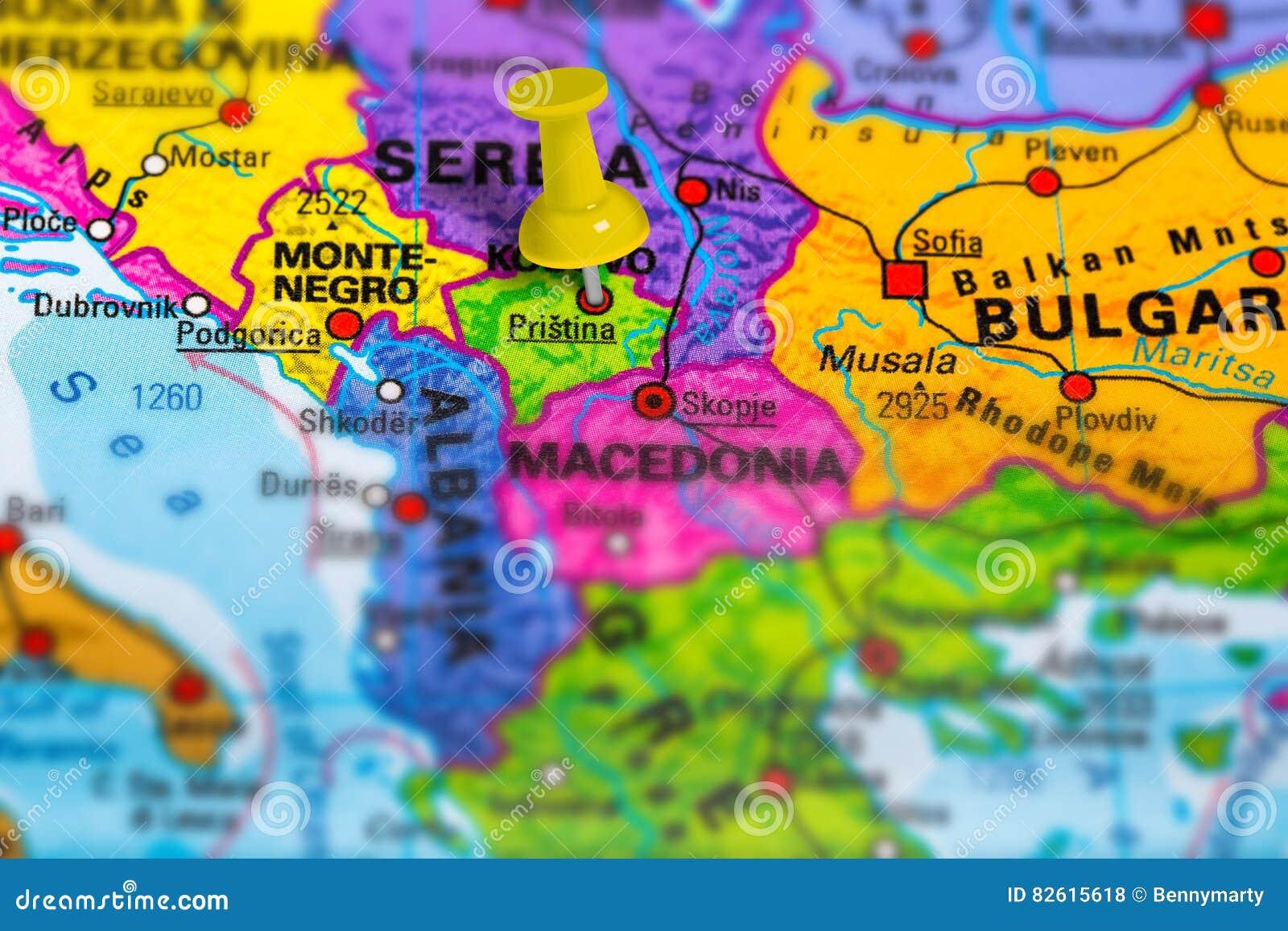 Kosovo Karte Europa.Karte Pristina Kosovo Stockfoto Bild Von Festgesteckt