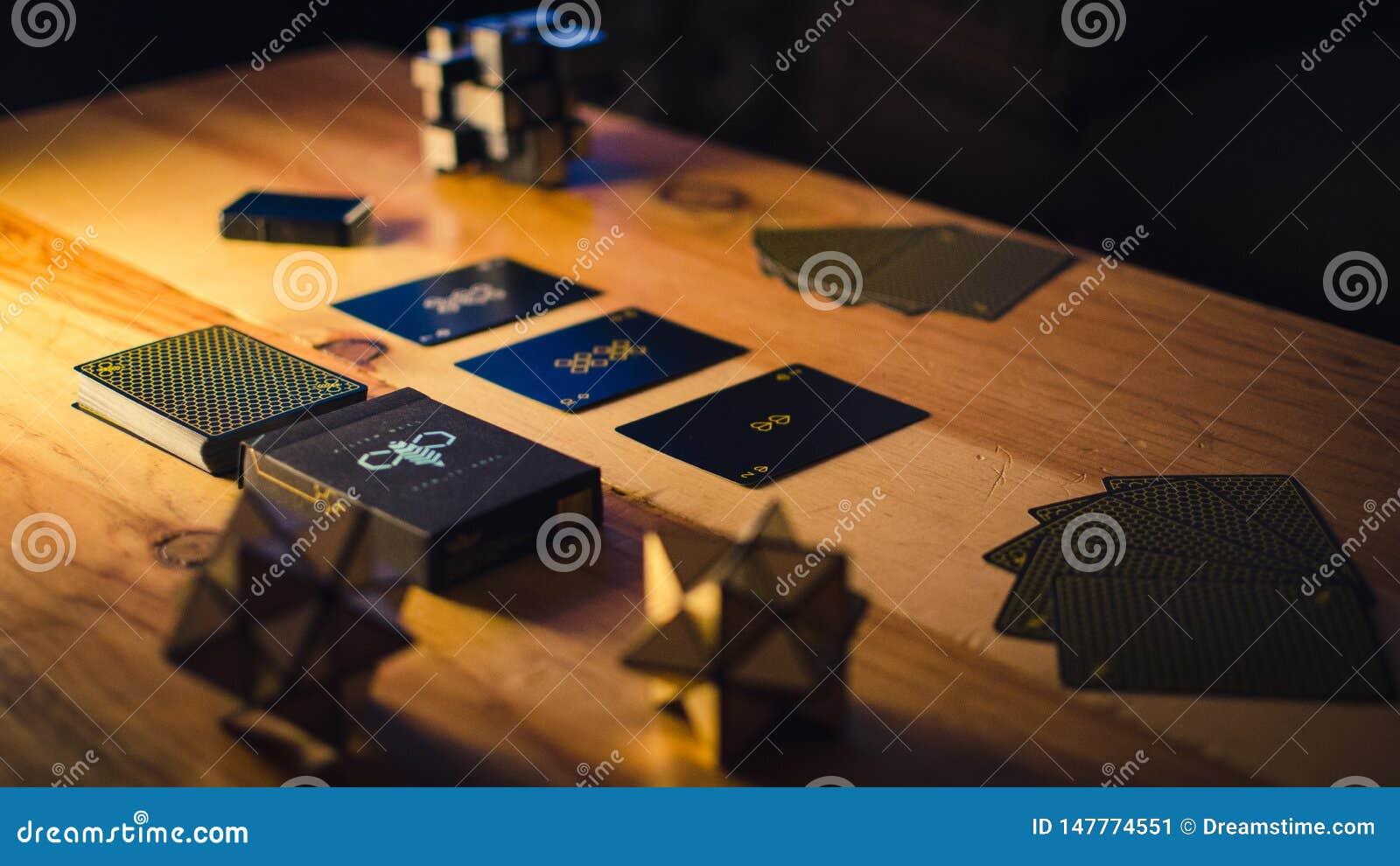 Kartenspielensatz auf Restlicht