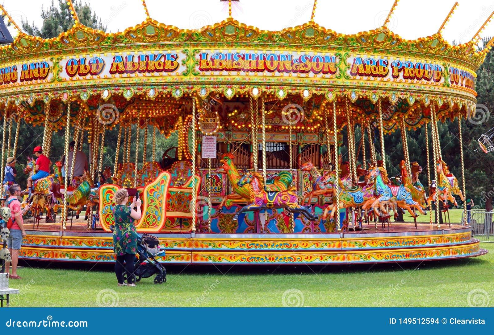 Karusell på en karneval eller en mässa