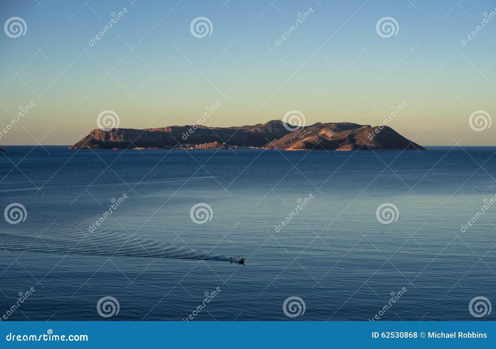 从Kas看见的Megisti逃出克隆岛,土耳其