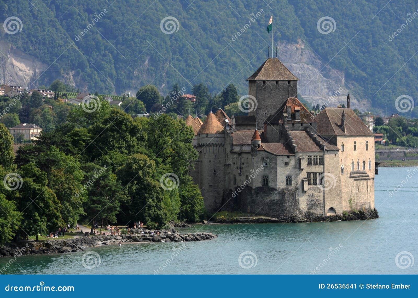 Kasteel Chillon Op Meer Leman Dichtbij Montreux Stock Afbeelding   Beeld  26536541