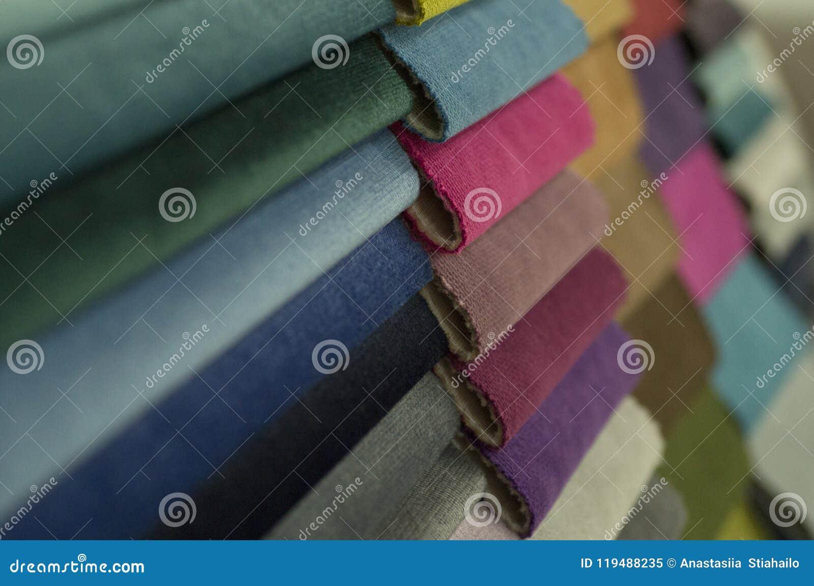 Katalog stubarwny płótno od matować tkaniny tekstury tło, jedwabniczej tkaniny tekstura, przemysłu włókienniczego tło
