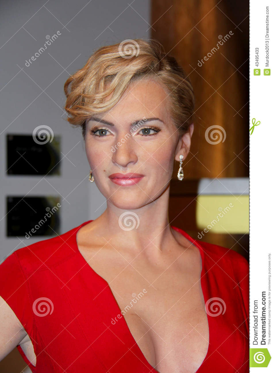 Kate Elizabeth Winslet, Editorial Stock Photo - kate-elizabeth-winslet-london-united-kingdom-july-madame-tussauds-london-waxwork-statue-created-madam-tussauds-madam-43495433