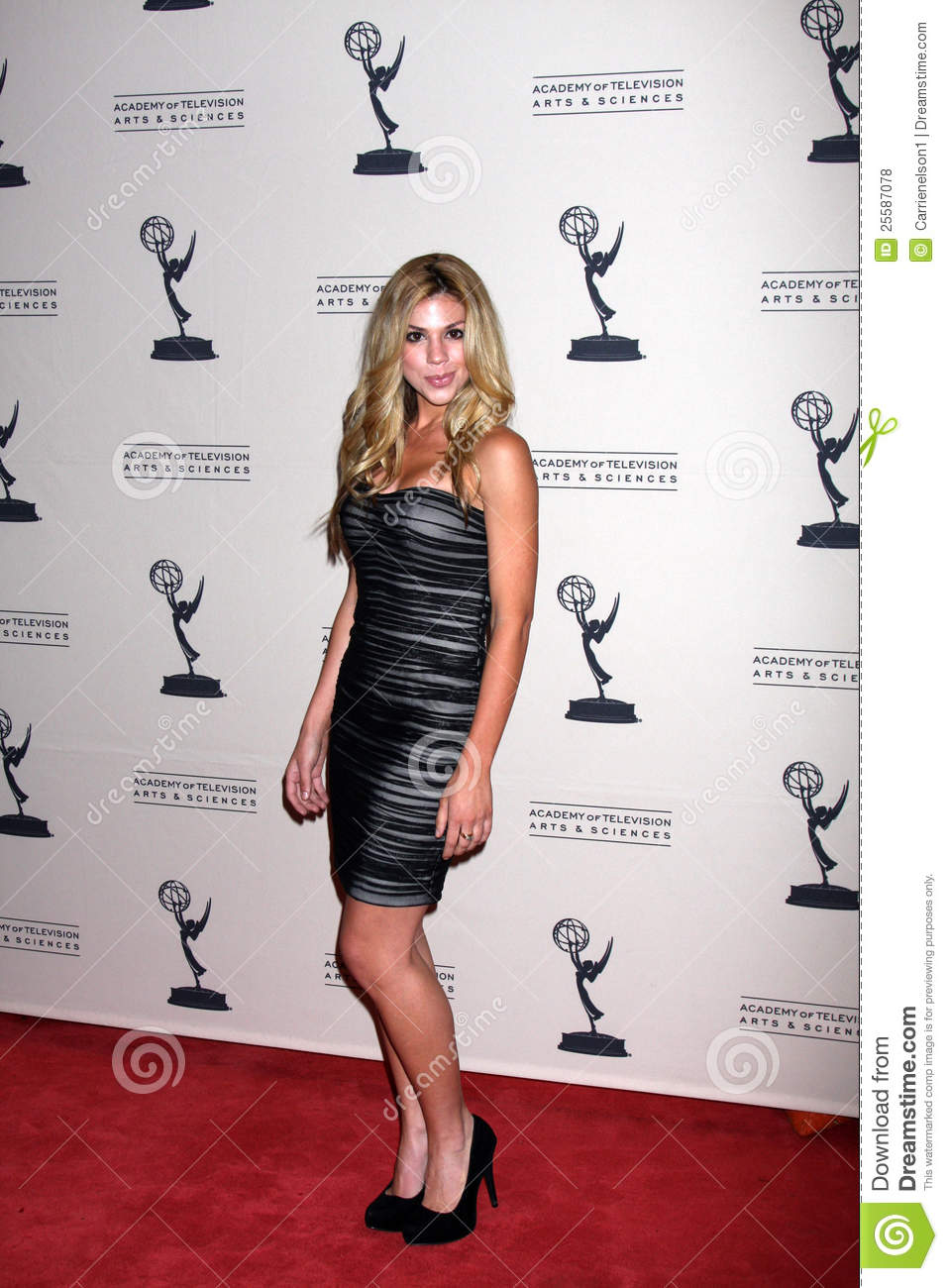 kate mansi how i met your mother