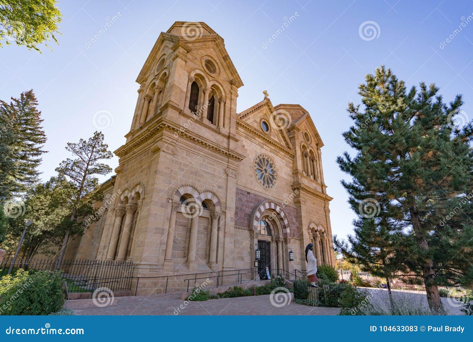 Download Kathedraal Bascilica Van St Francis Assisi In Santa Fe Redactionele Stock Foto - Afbeelding bestaande uit facade, toerisme: 104633083