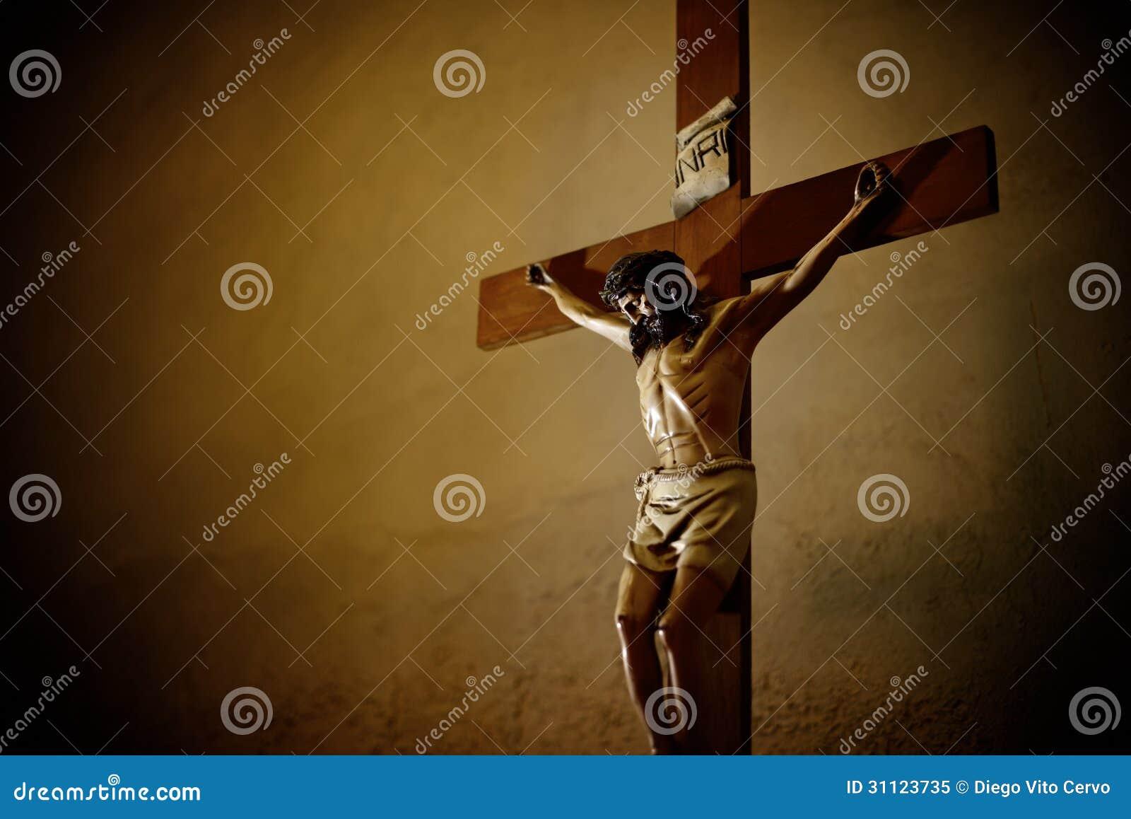Katolsk kyrka och Jesus Christ på korset