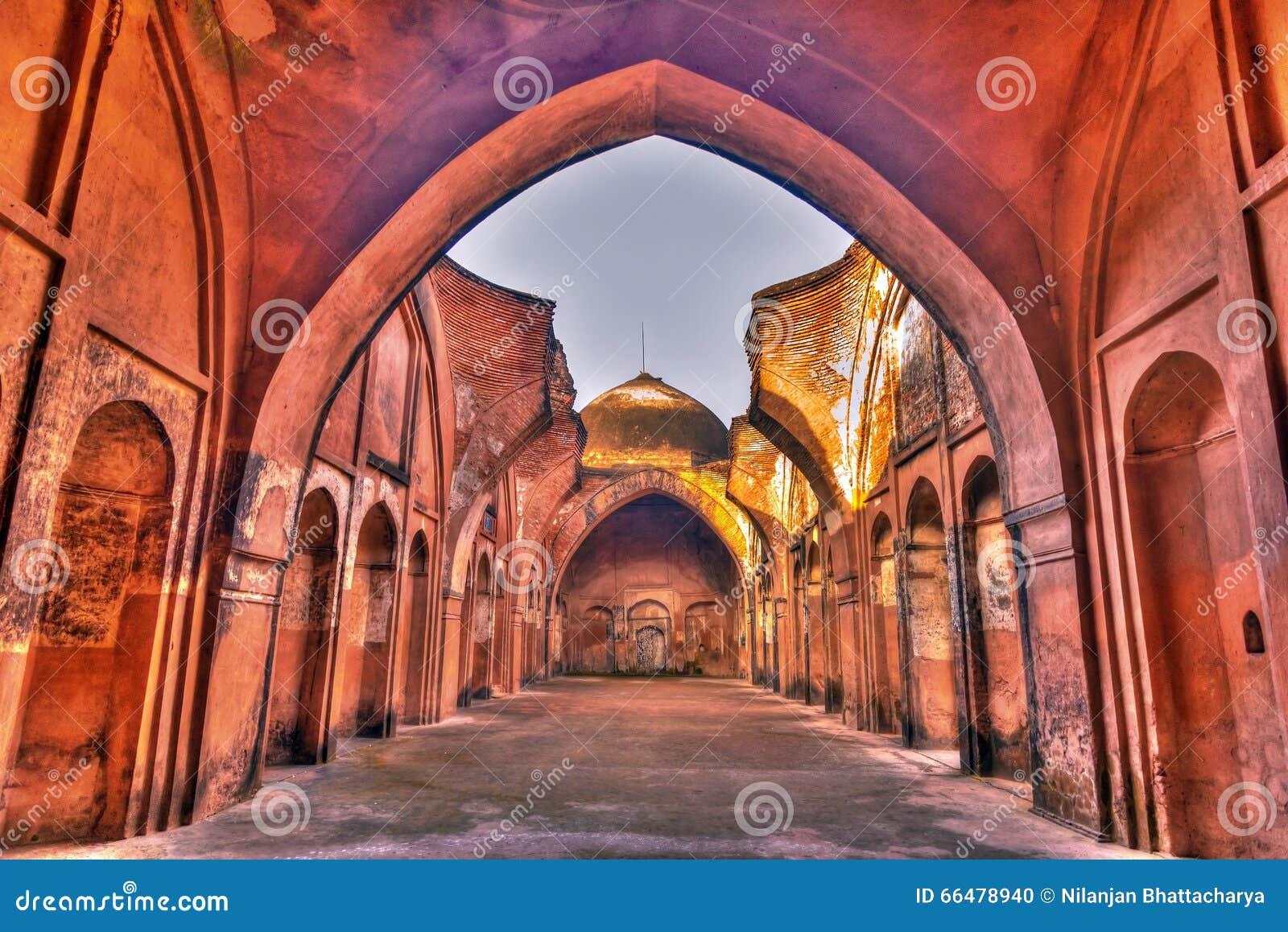 Katra mosque horizontal HDR