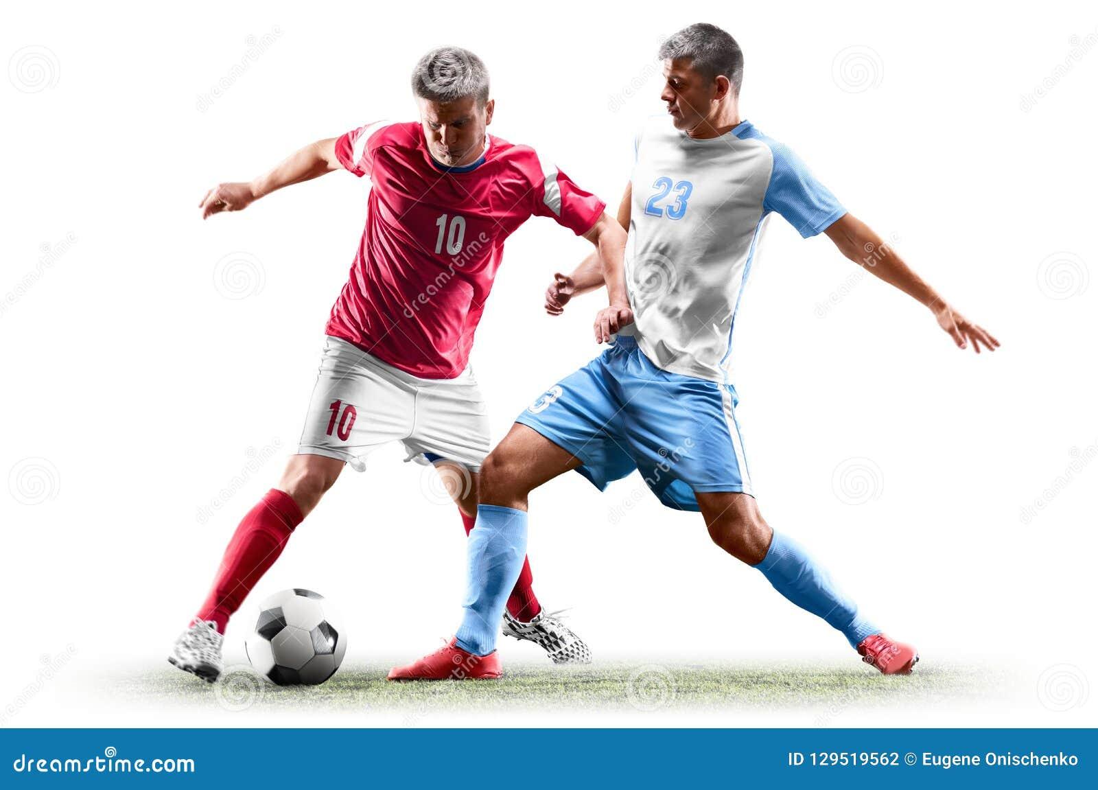Kaukasische die voetballers op witte achtergrond worden geïsoleerd