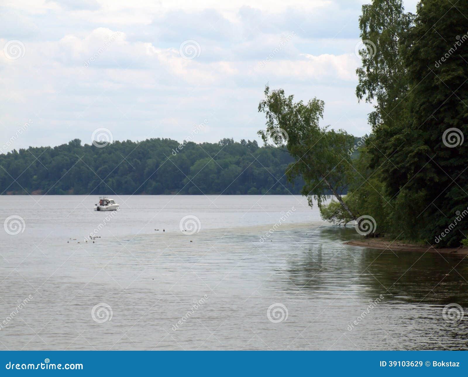 Kaunas kunstmatige overzees - Nemunas-rivierwaterkering
