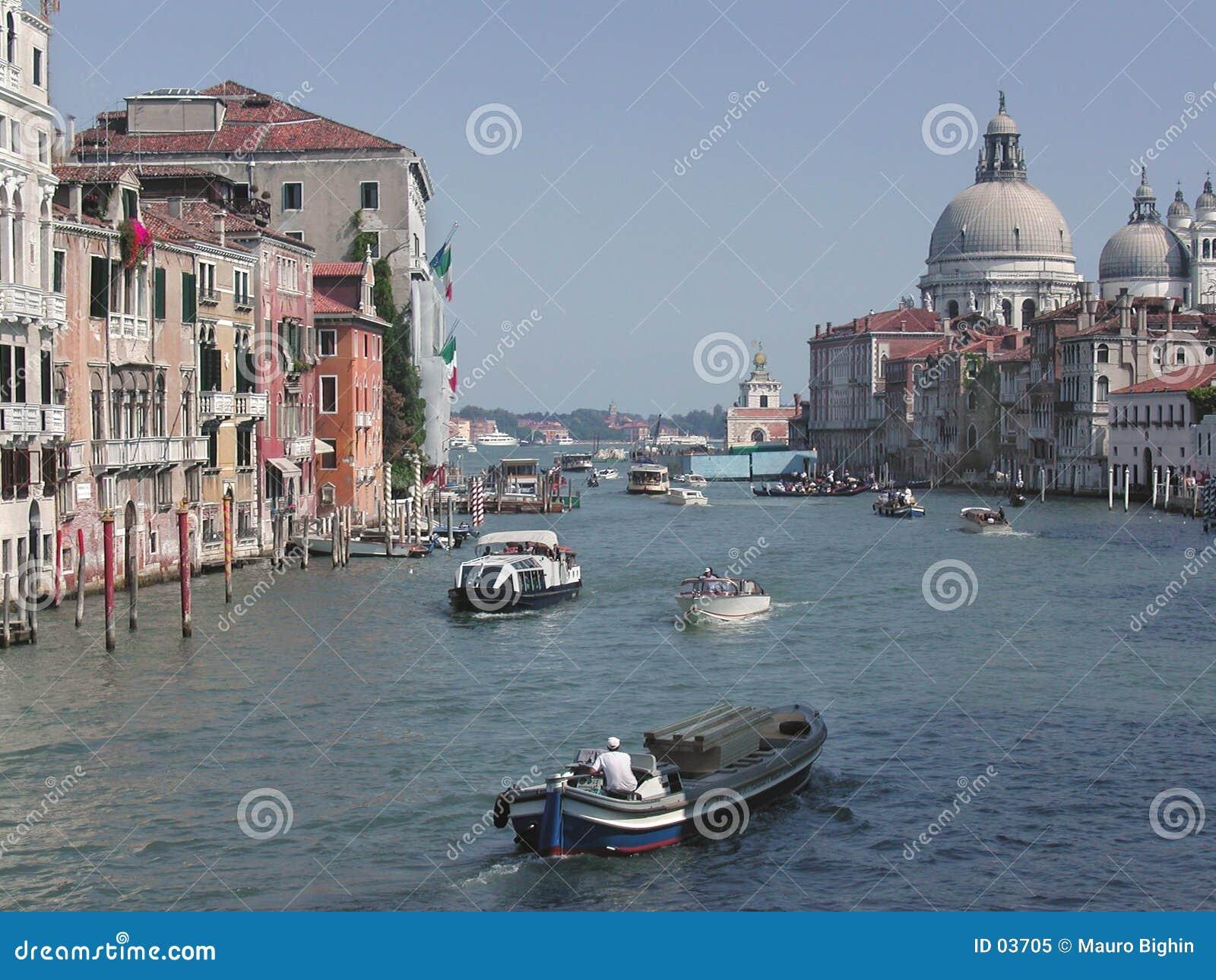 Kawałków kanałowy Włoch Wenecji