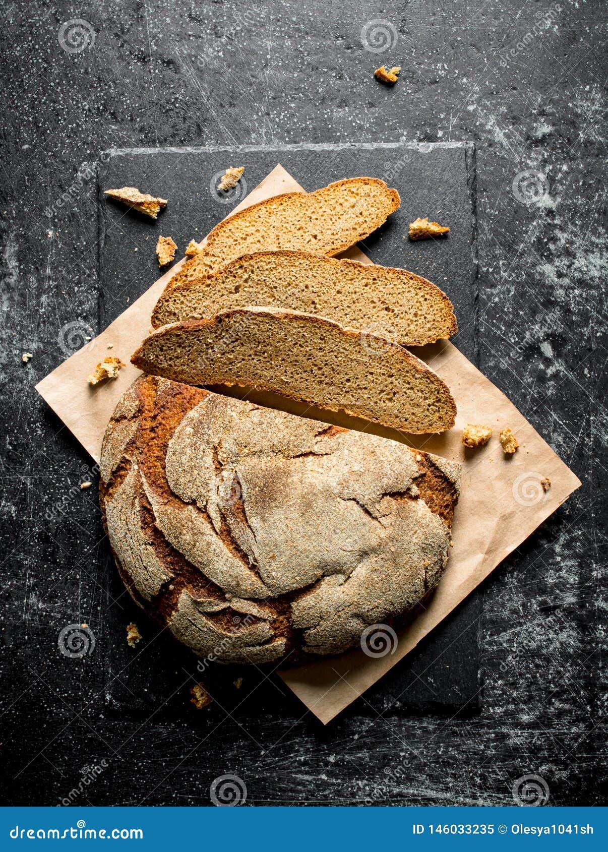 Kawałki świeży chleb