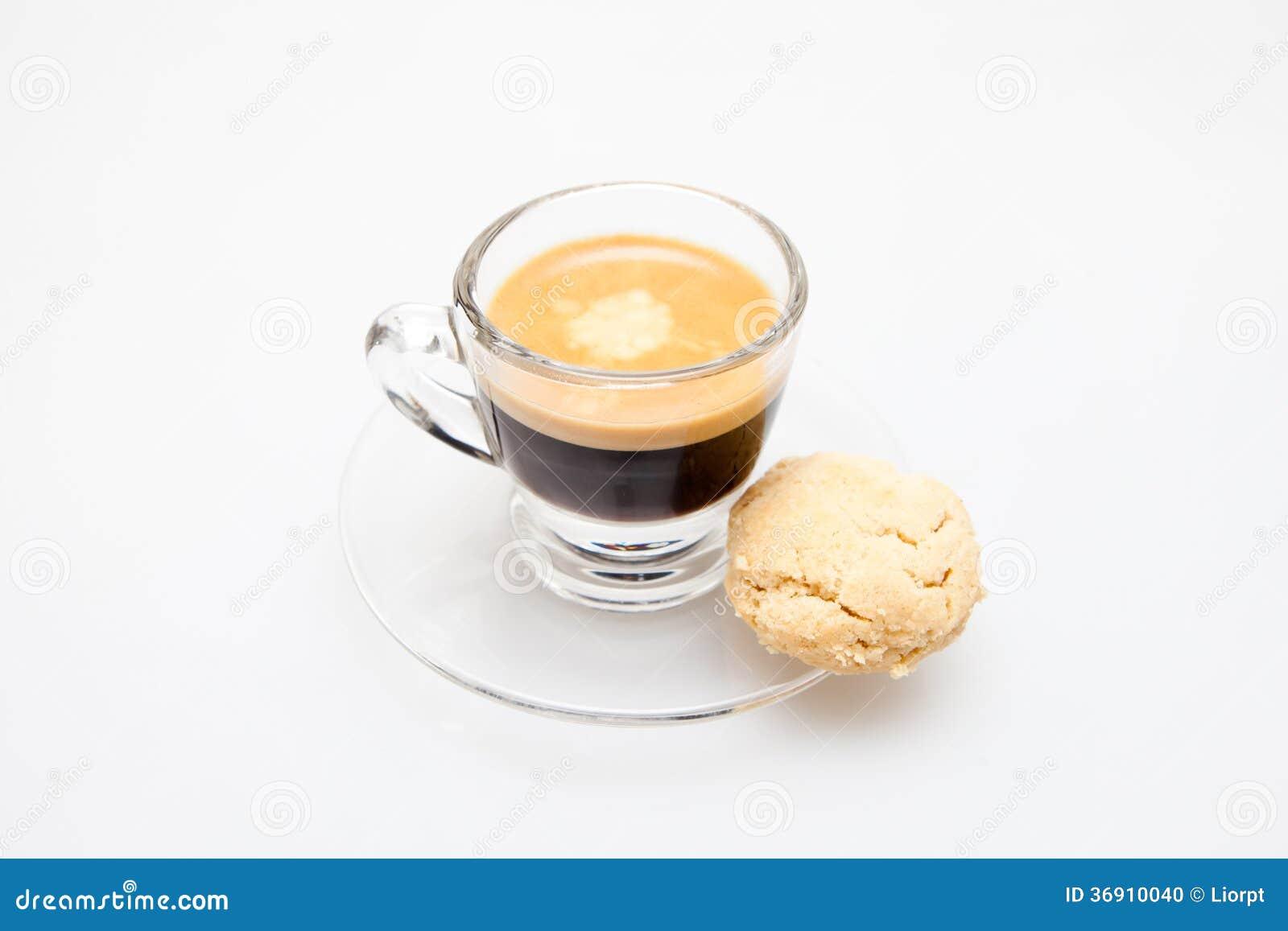 Kawa espresso Strzelająca + ciastko