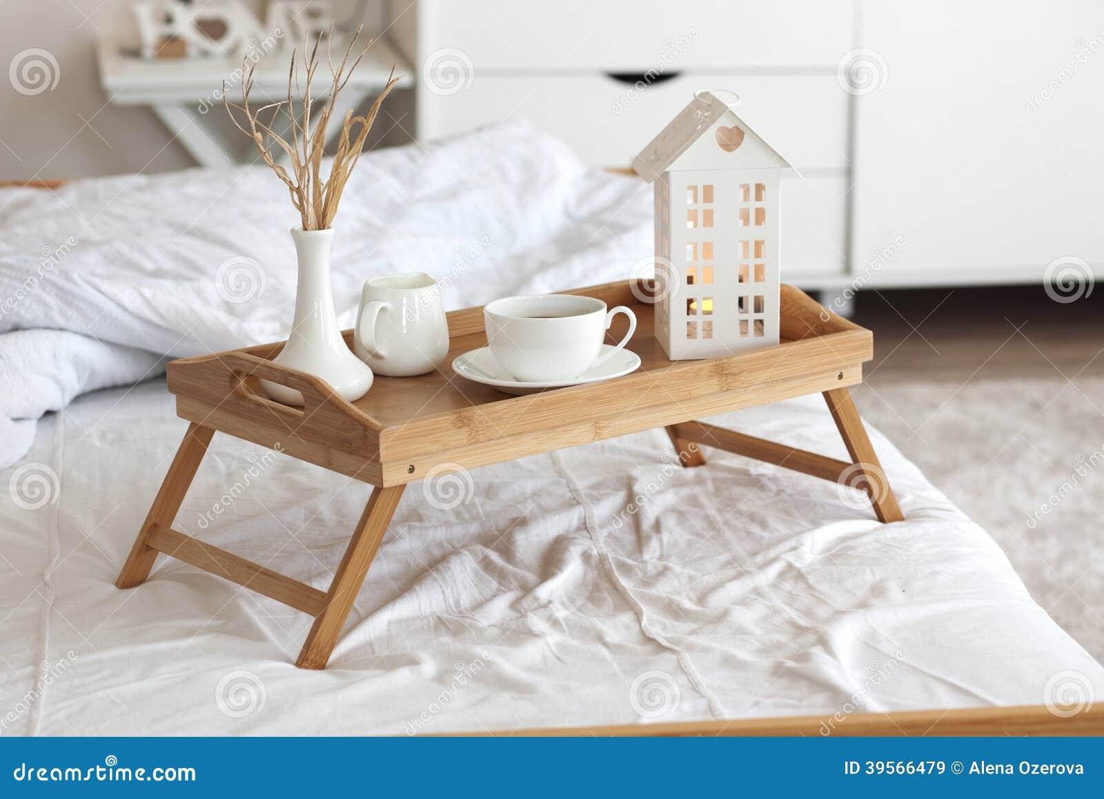 Kawa W łóżku Obraz Stock Obraz Złożonej Z Jedzenie Chałupa