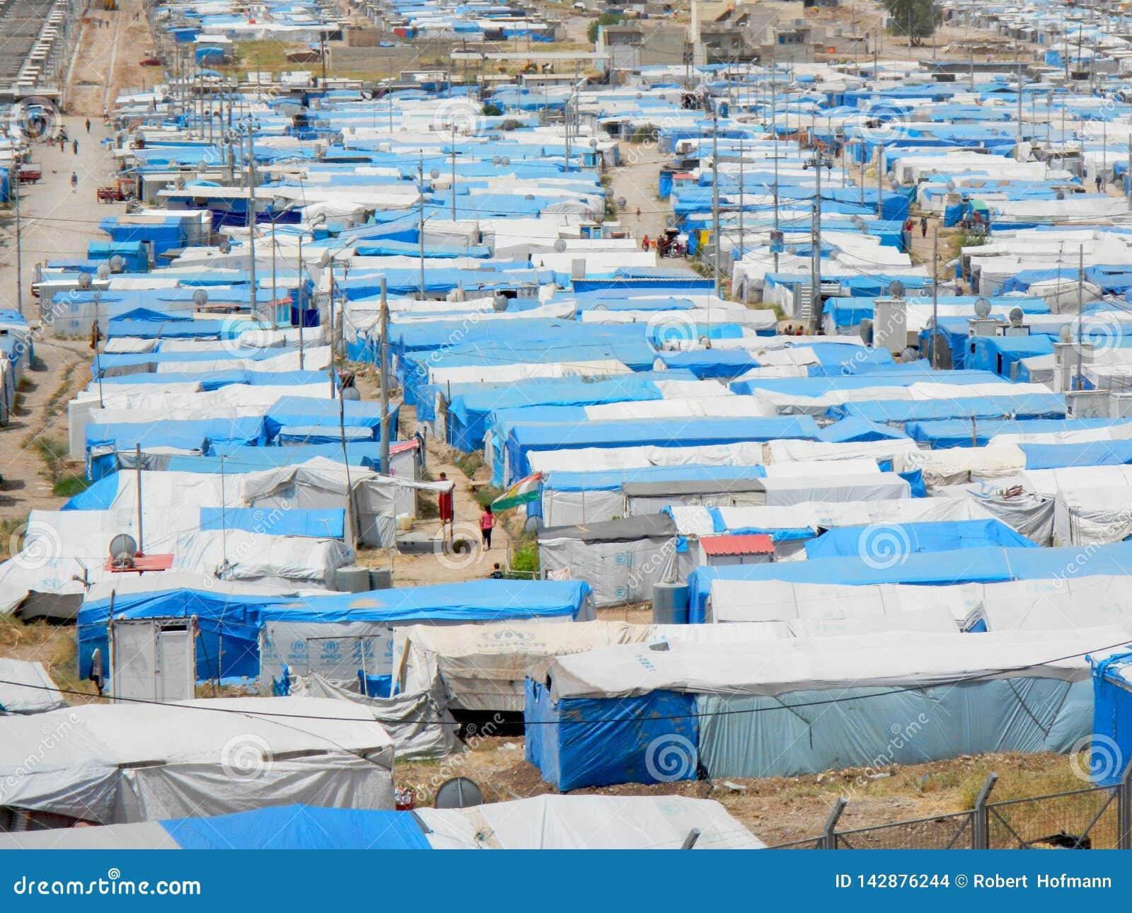 22 05 2017, Kawergosk, Ирак : Переполнятьый лагерь беженцев в Ираке с беженцами исчезая от или исламское государство