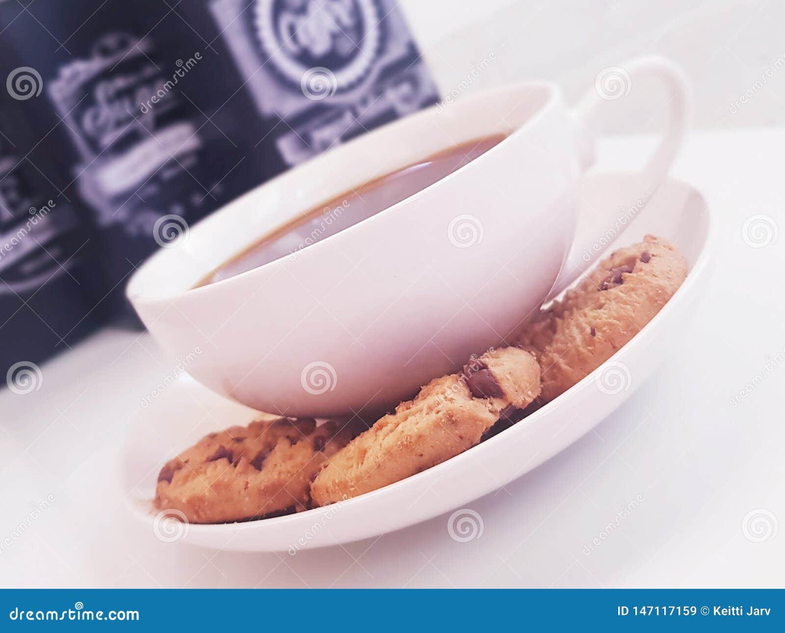 Kawy i ciastek czas