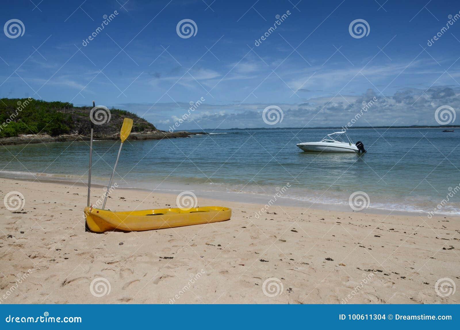 Kayak sur la plage