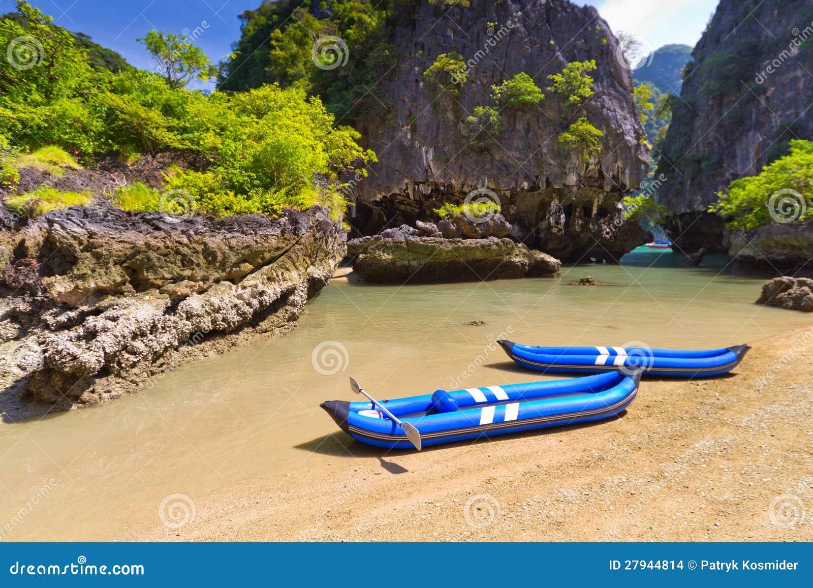 Kayak trip to the island on Phang Nga Bay