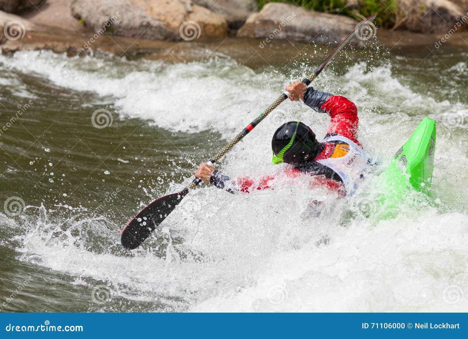 Kayaker de style libre