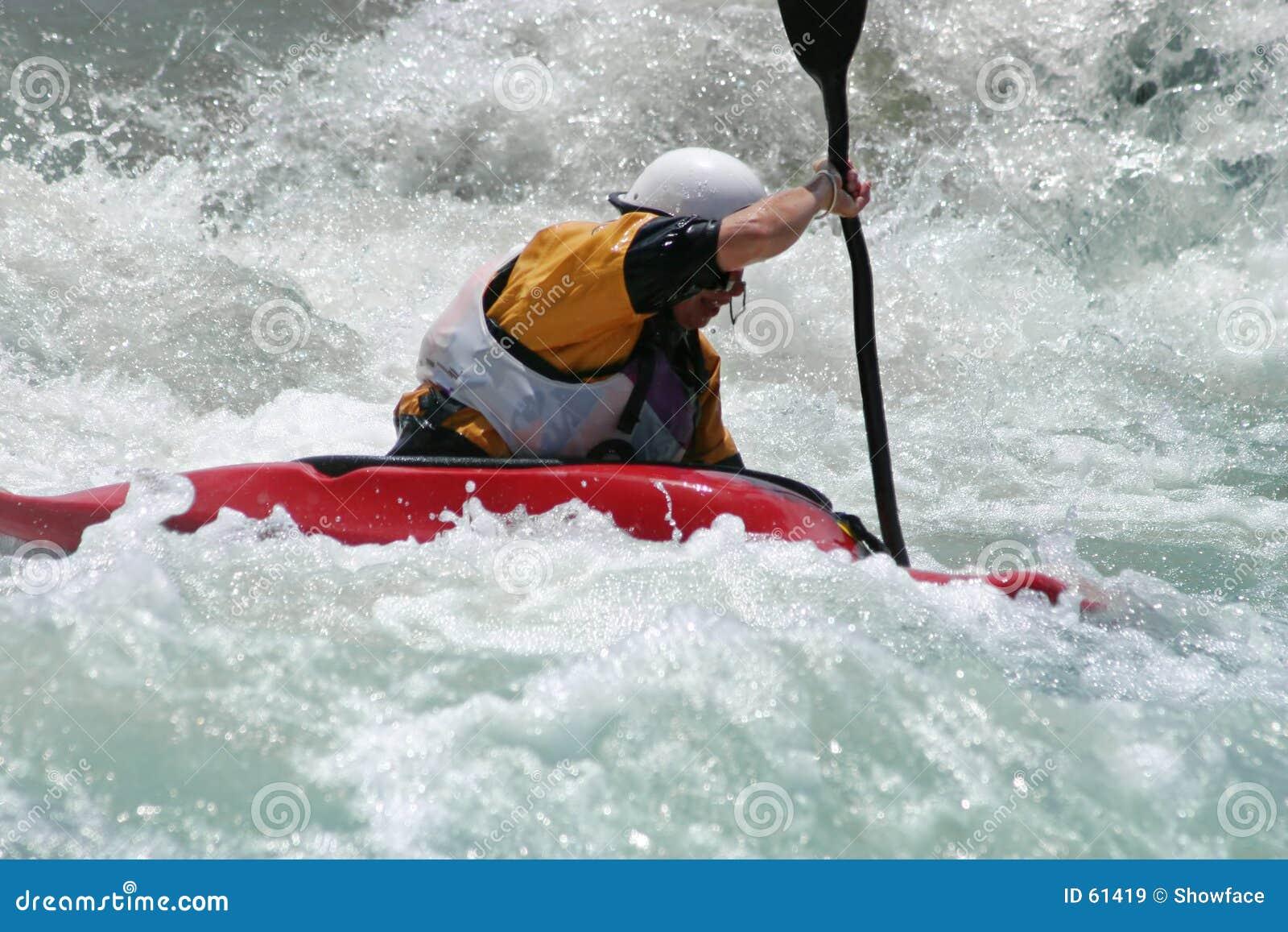 Download Kayaker de Whitewater image stock. Image du olympique, sports - 61419