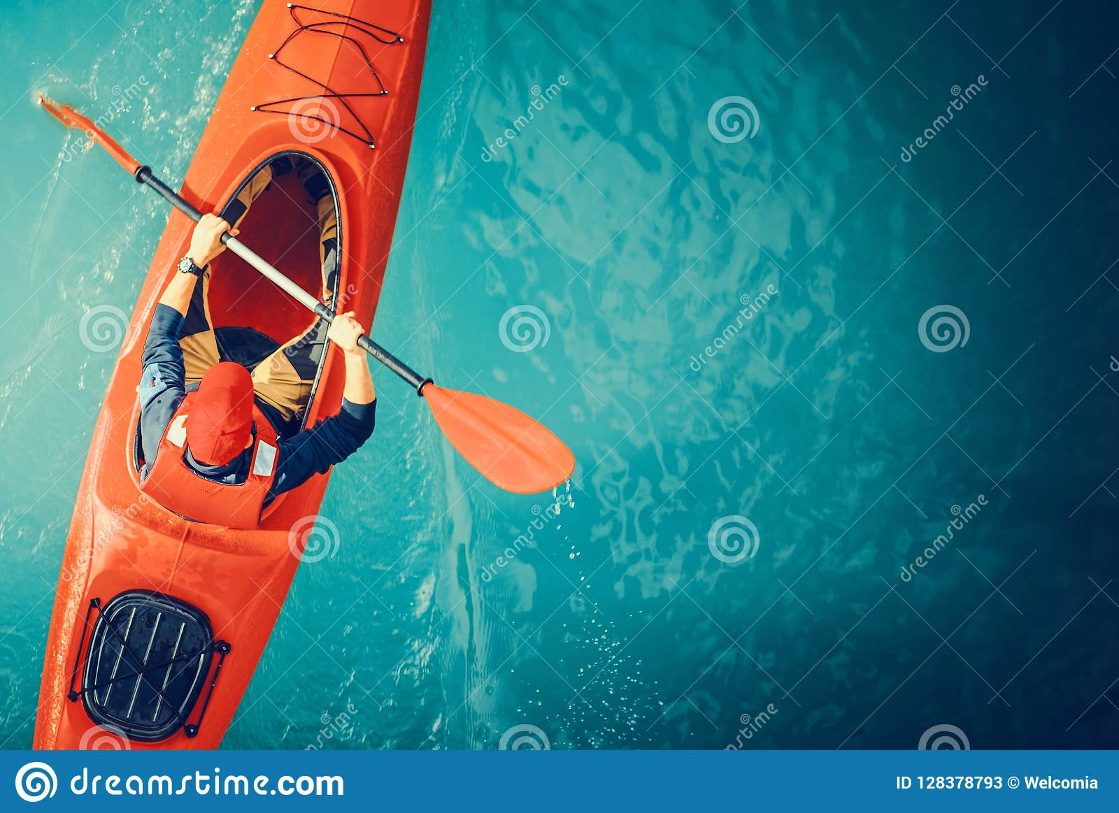 Kayaker sjön turnerar antennen