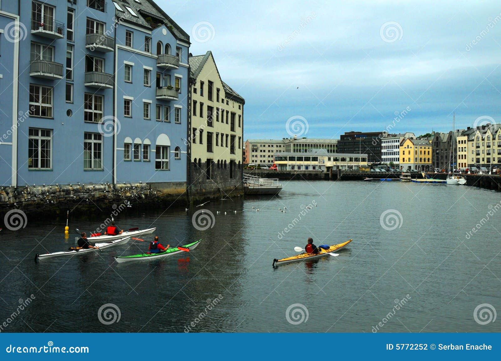 Kayaking Норвегия
