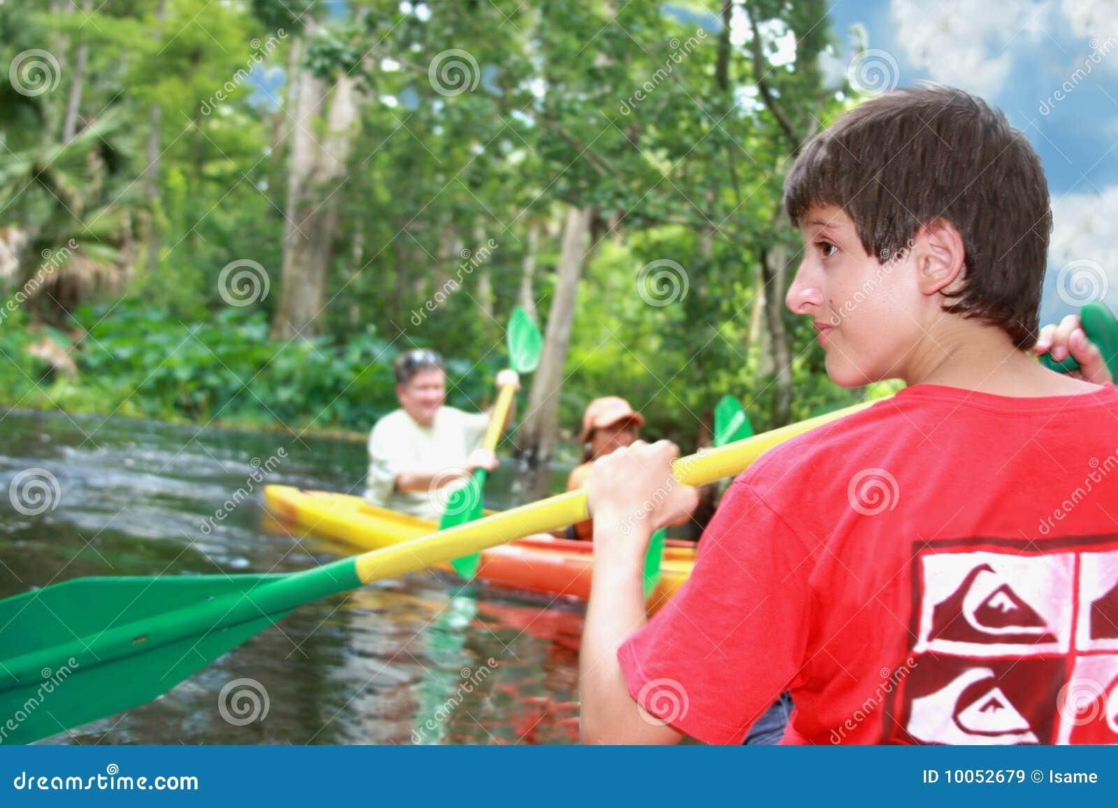 Kayaking no rio