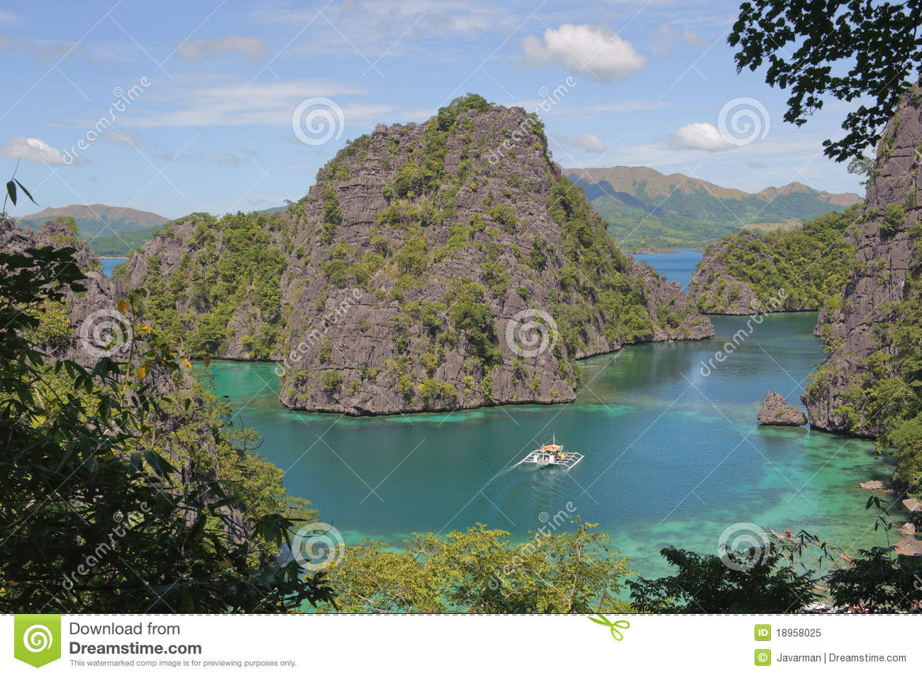 Kayangan lake or blue lagoon, Coron, Philippines
