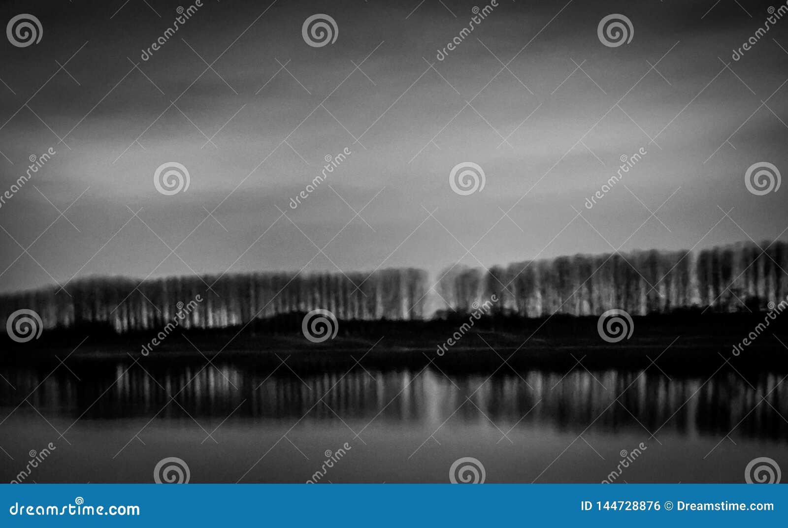 Kazanlak, Bulgarie, barrage de Koprinka, photographie de nuit