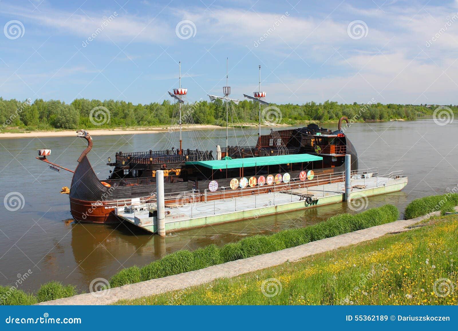 Kazimierz Dolny da tne il Vistola, Polonia Costa Luminosa della nave da crociera