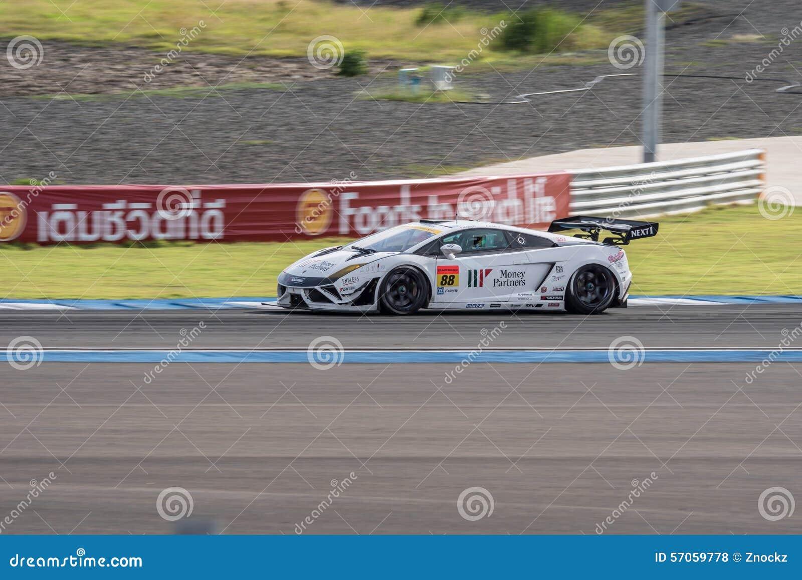 Kazuki Hiramine van JLOC in Super Definitieve Race 66 van GT Overlappingen bij 2015 A