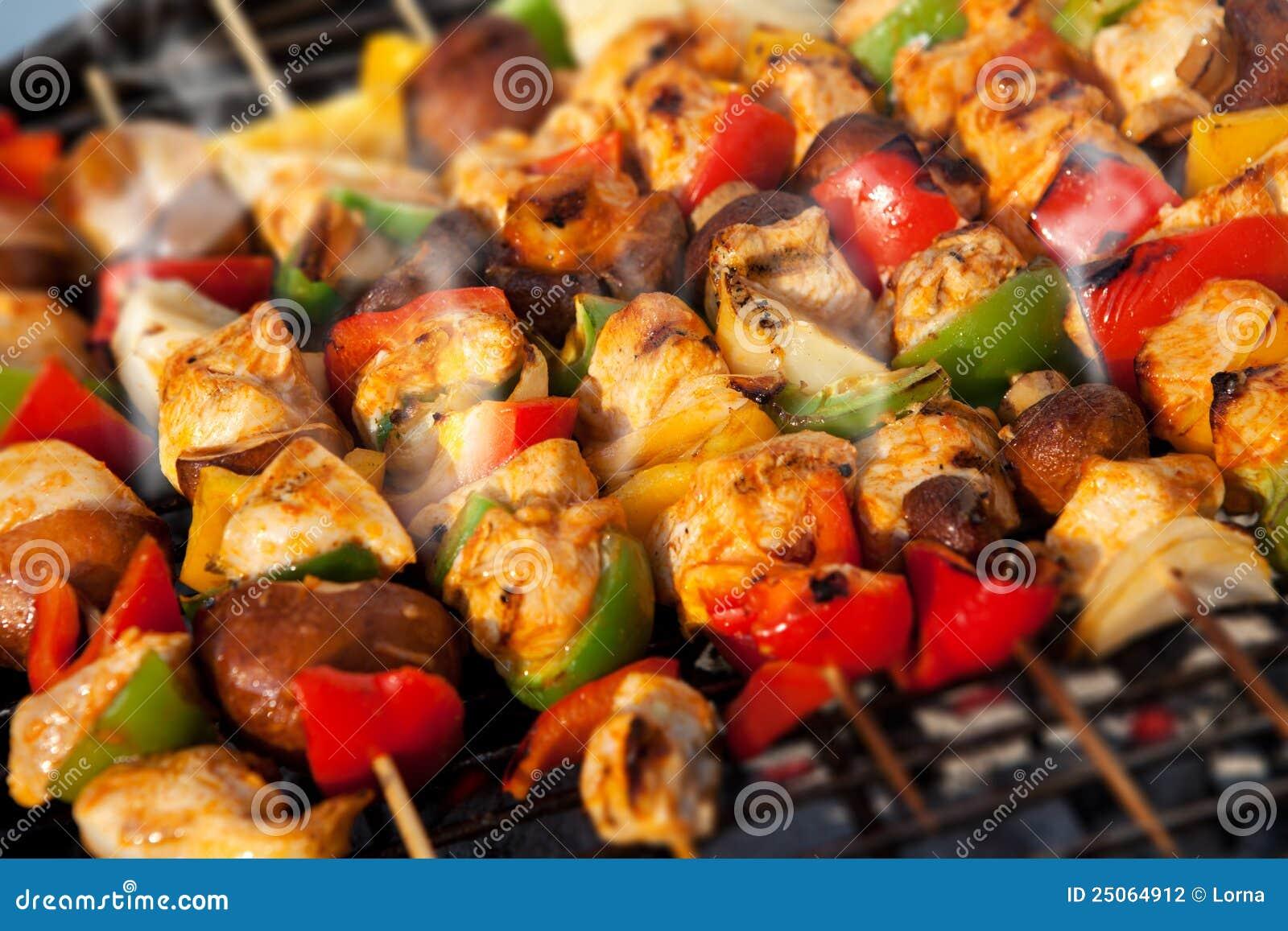 Kebab de barbacoa de los pinchos del Bbq