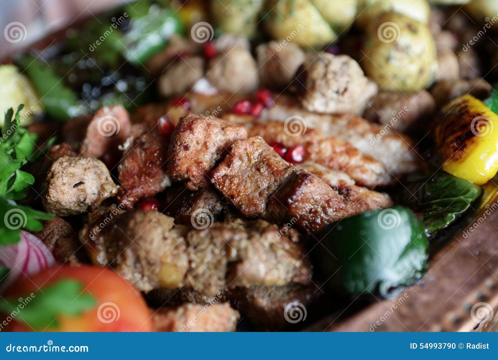 Kebab med grillade grönsaker