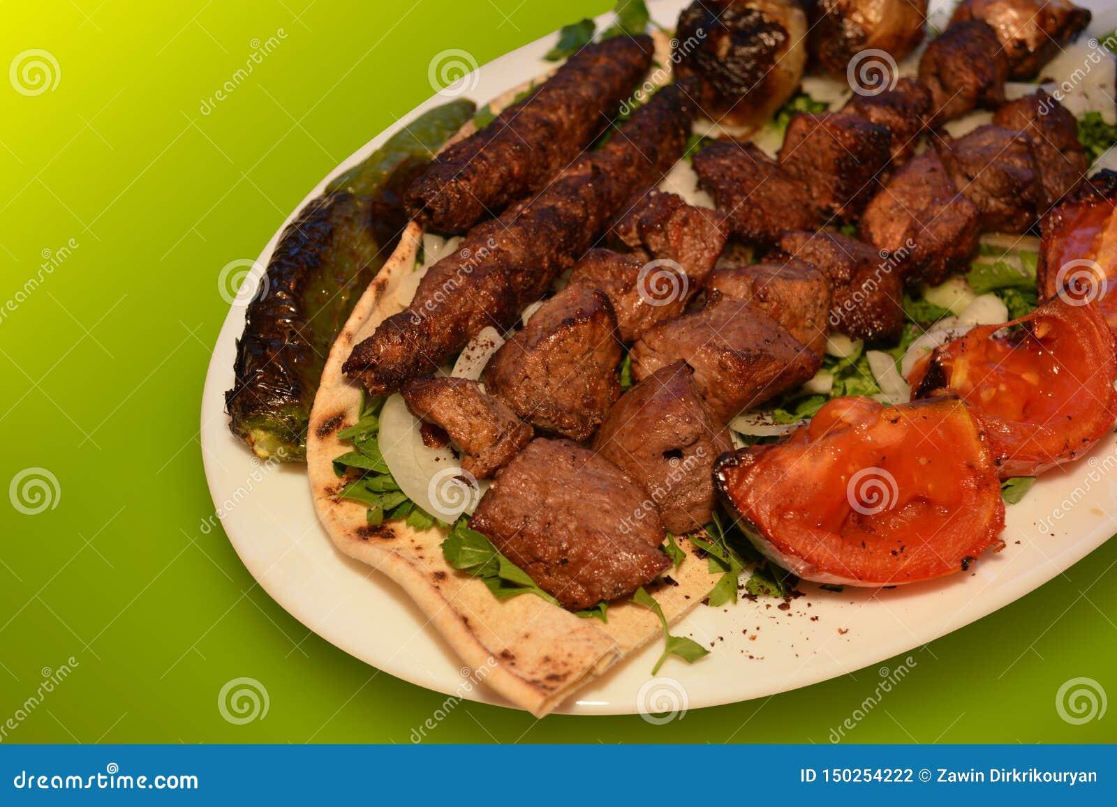 Kebab nötköttgrillfestfotografi, restaurangmenyfoto