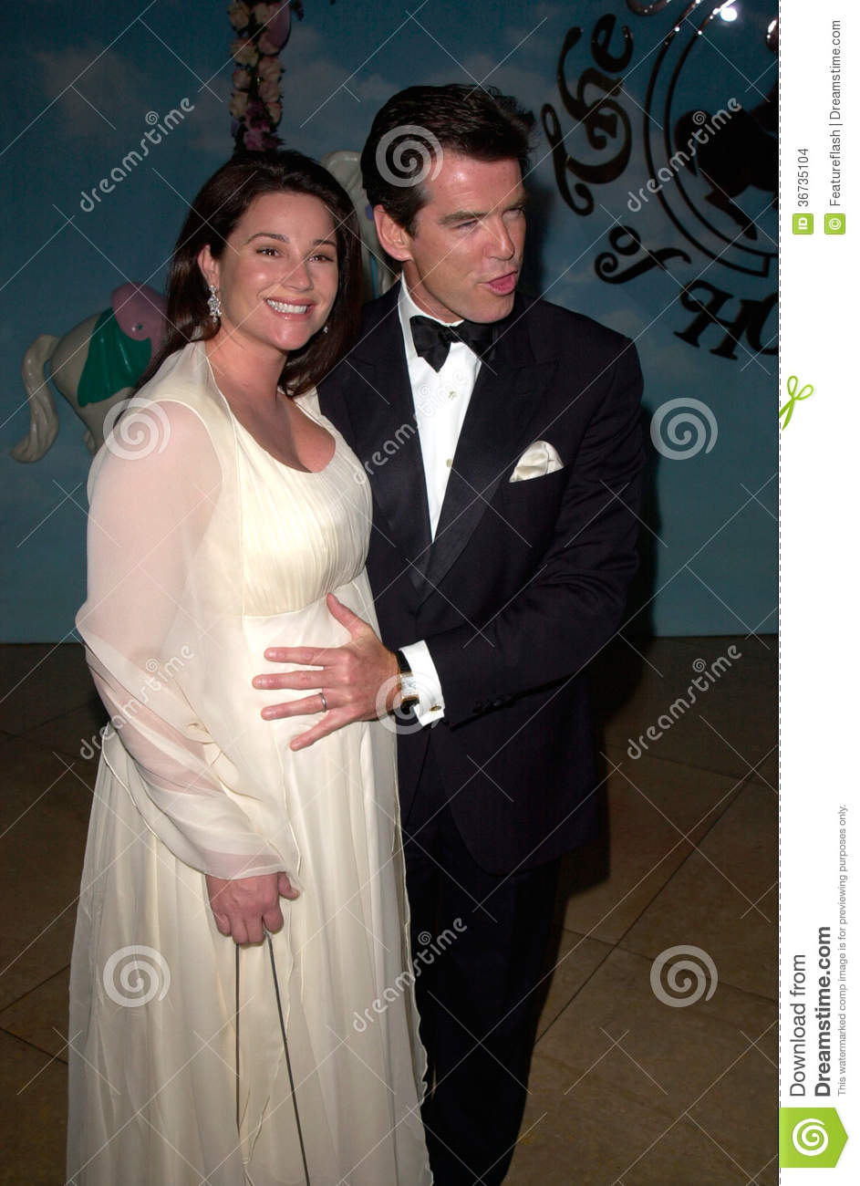 keely shaye smith pierce brosnan
