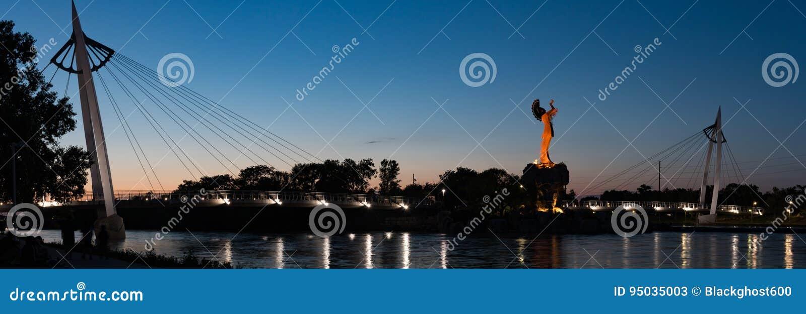 Keeper of the plains at night in Wichita Kansas