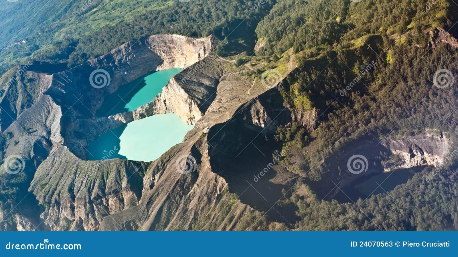 Kelimutu ha colorato i laghi, Indonesia