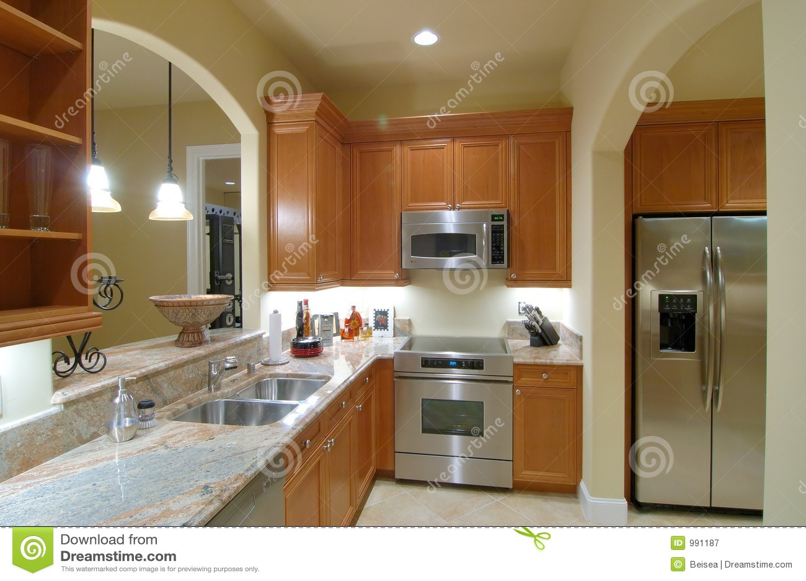 Keller-Küche stockbild. Bild von wanne, formteil, mable - 991187