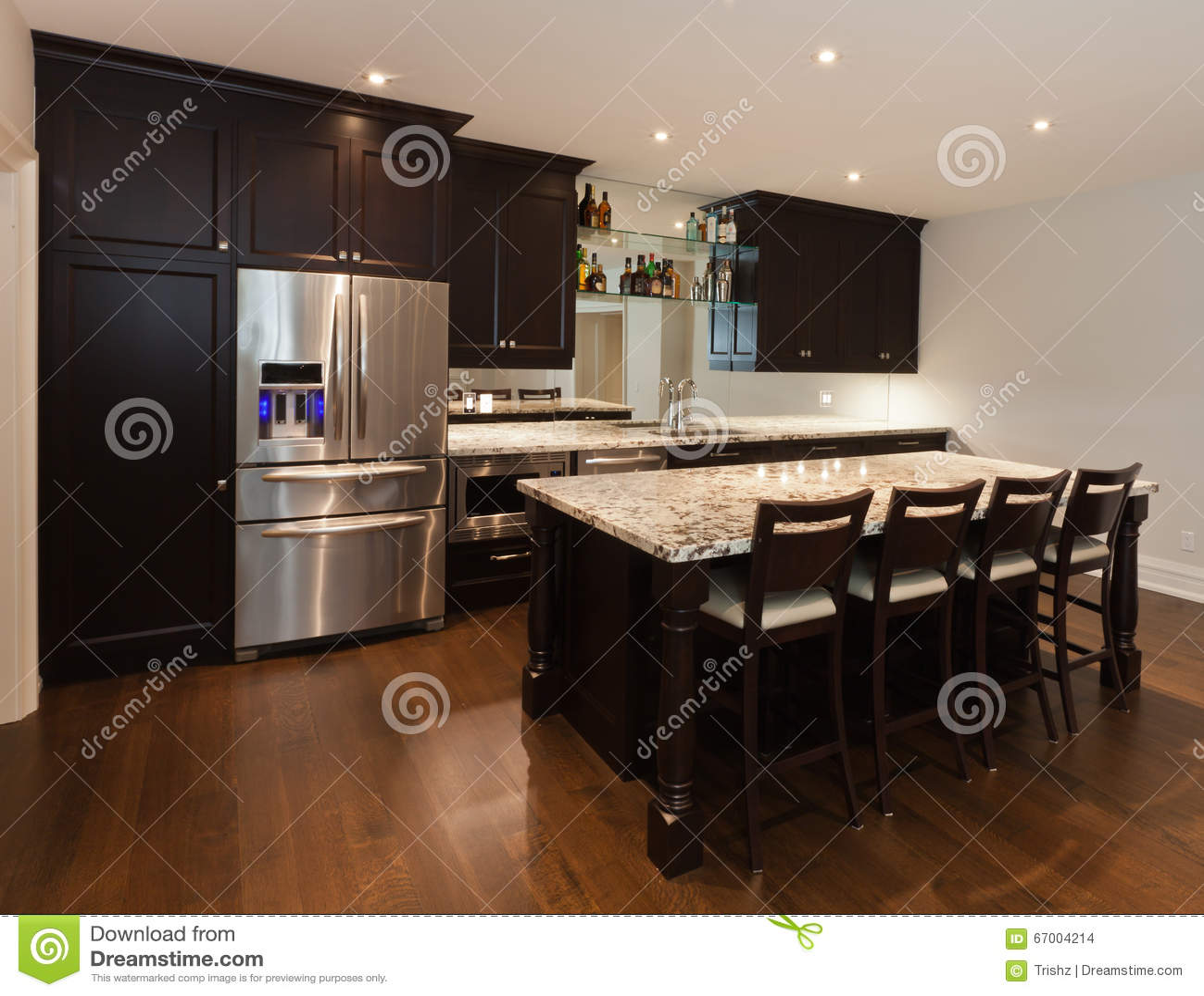 Kellerküche stockfoto. Bild von innen, bezirk, küche - 67004214