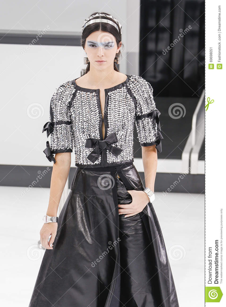 Think, Kendall jenner chanel fashion show 2015 necessary the