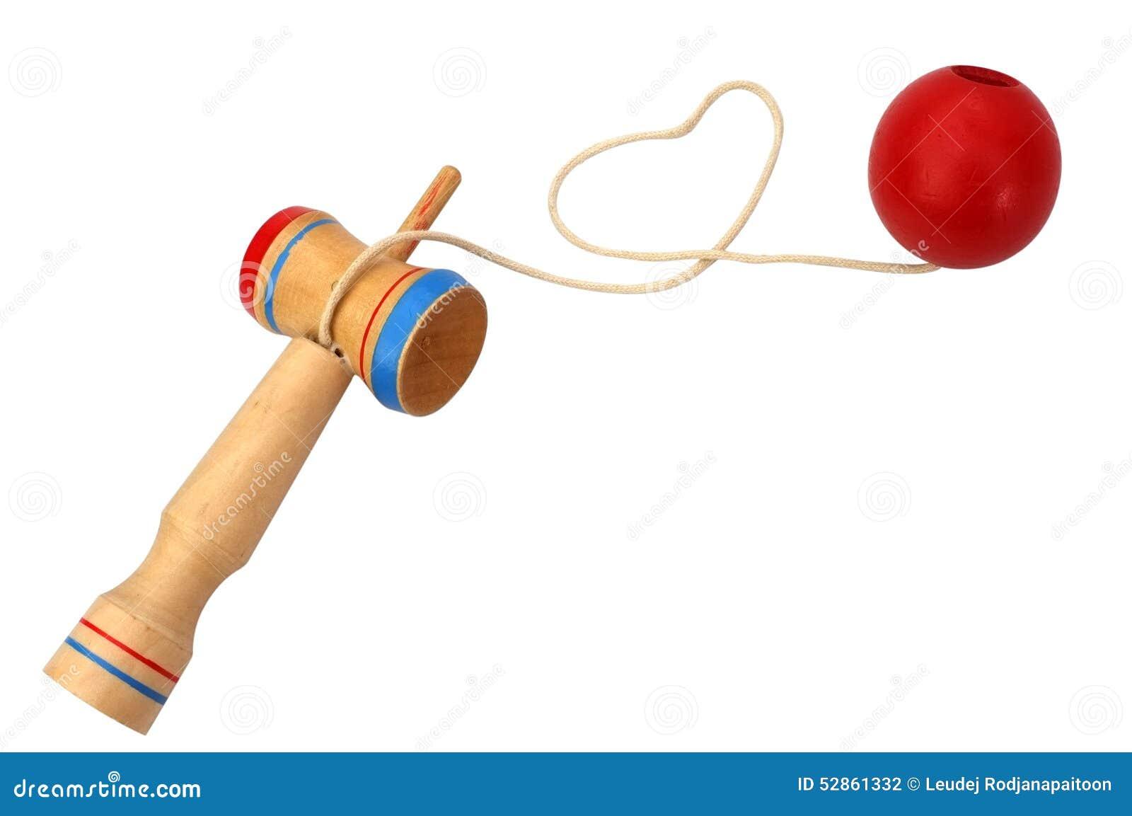 Kendama,包括剑和球的一个传统日本玩具连接由串在心脏形状滚动了