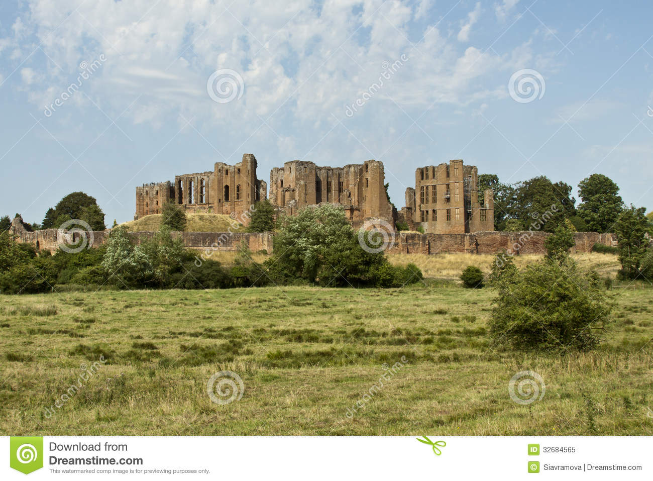 Kenilworth United Kingdom  City new picture : Kenilworth castle in United Kingdom.